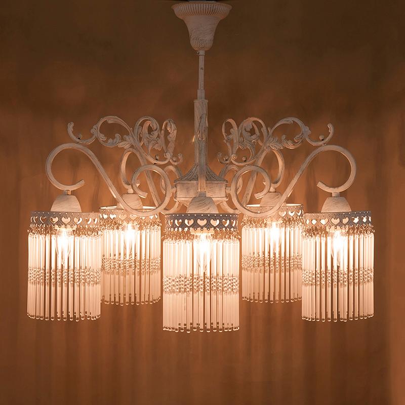 インテリア シャンデリア クラシカルシャンデリア[アンナマリア]ホワイト【5灯】LED使用可能