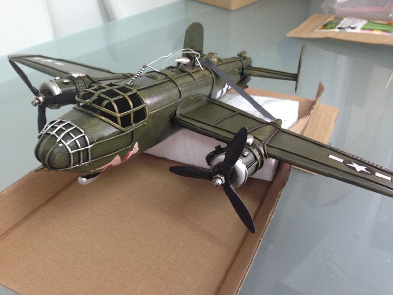 ブリキのおもちゃ アメリカ爆撃機 B-25 ミッチェル