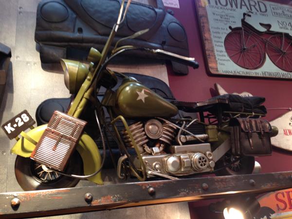 ブリキのおもちゃ レトロバイク・コンバット ビッグ