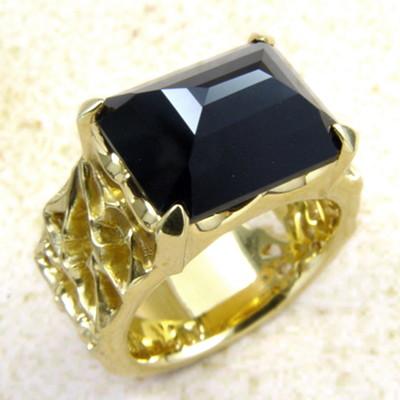 メーカー取り寄せ品/ロイヤルソーニーリング(ゴールド)/指輪/holloow/ホロウ