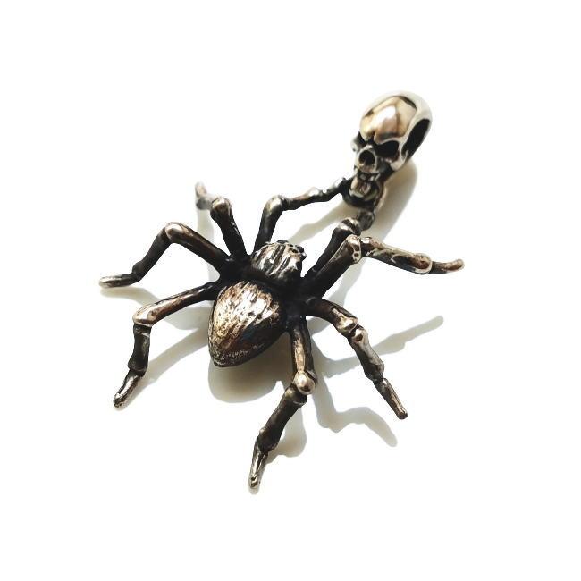 ドライヴ dp-058 スパイダーペンダント メンズ silver925 シルバー925 シルバーアクセ リアル 蜘蛛 クモ 生き物 虫 ハード シルバーアクセ 燻銀 メンズ バイカー 人気 アクセサリー ギフト 男性 生物 クリーチャー