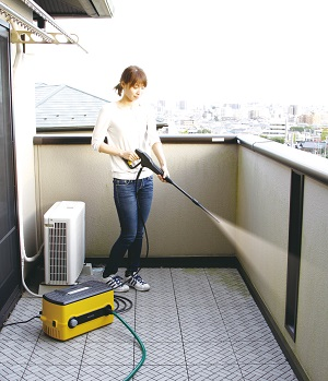 【送料無料】アイリスオーヤマ高圧洗浄機FBN-604イエロー (W480 D290 H360)
