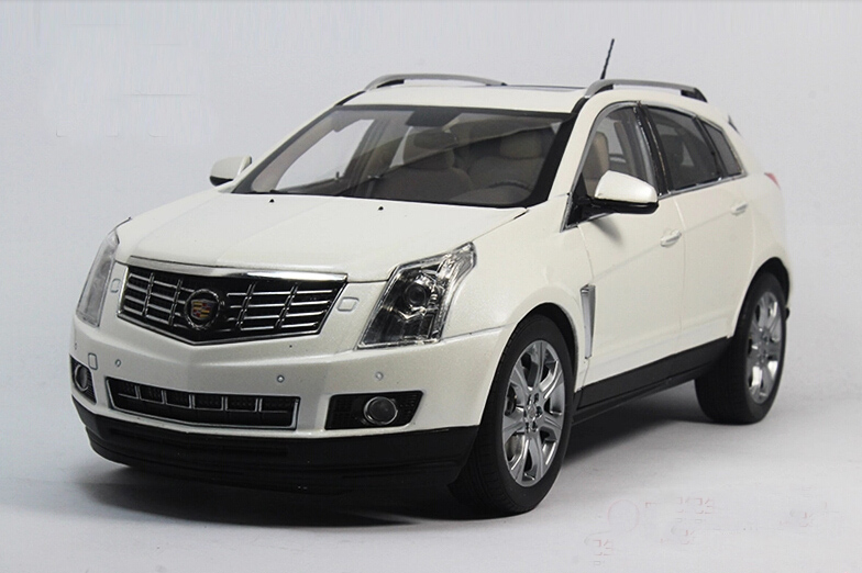 Kyosho 京商 1:18スケール ダイキャストモデル 2014年モデル キャデラック SRX 2014 Cadillac SRX Diecast Model Car by Kyosho in 1:18 Scale