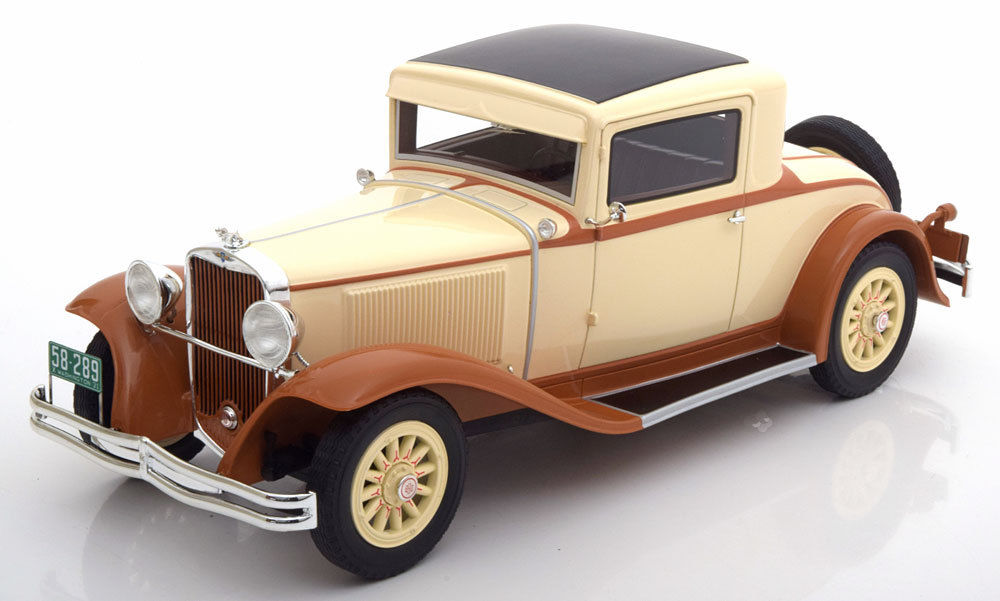 BoS Models 1:18 1931年 ダッジ エイト DG クーペDodge Eight DG Coupe, beige/hellbraun, 1931 BoS-Models