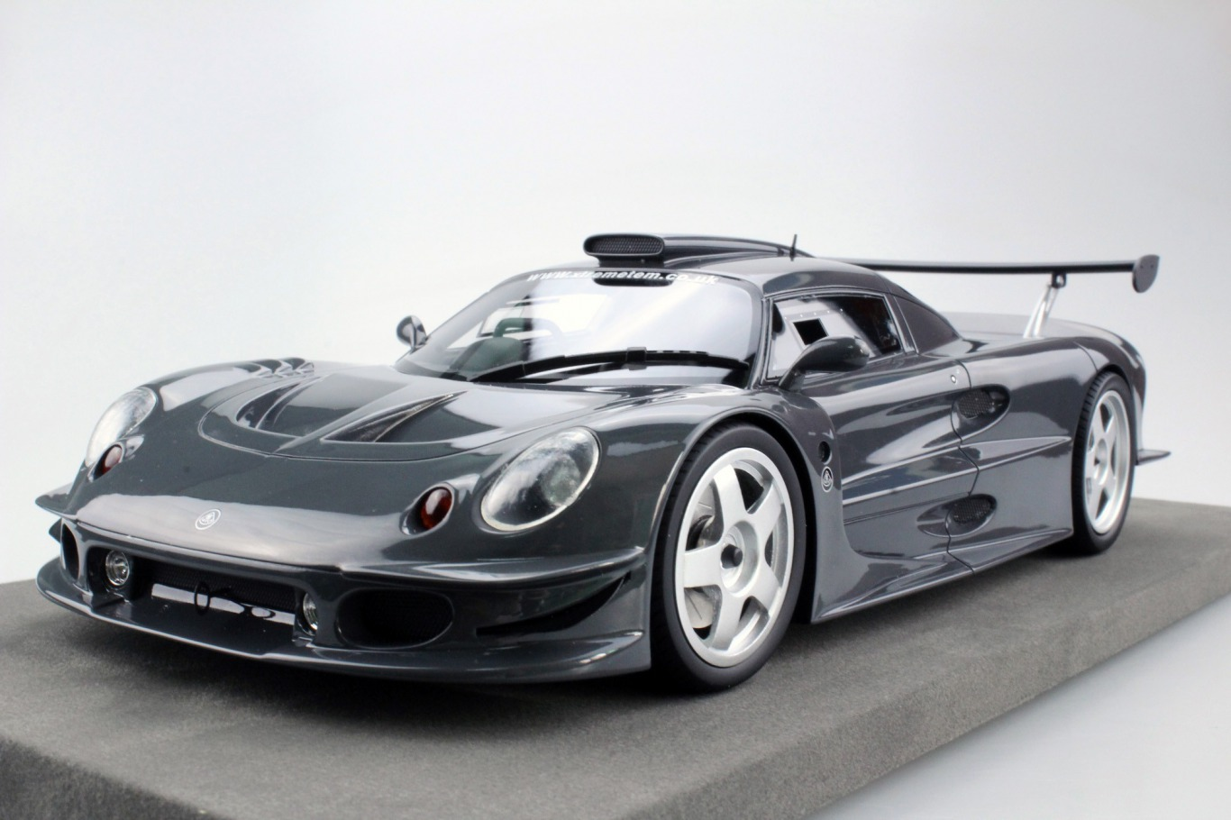 Topmarques 1:18 1997年モデル ロータス エリーゼ GT11997 LOTUS Elise GT1 1/18 by Topmarques NEW EUR