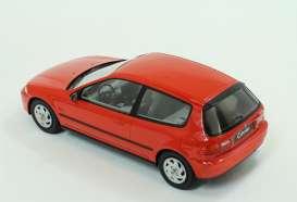Triple9 树脂集合 1:18 1992年模型本田公民 EG6 1992 本田公民 EG6 1 / 18 的 Triple9