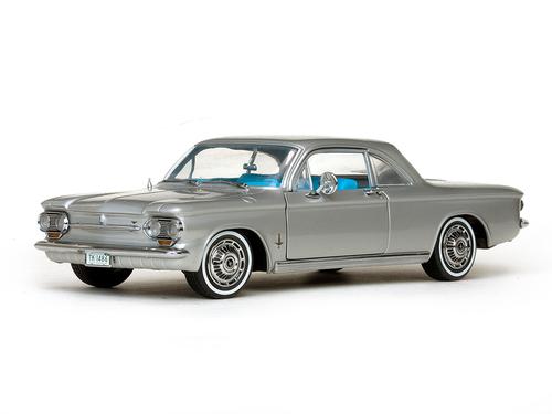 Sunstar 1:18 1963年モデル シボレー コルベア クーペ1963 Chevrolet Corvair 1/18 by Sun Star