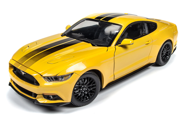 Autoworld オートワールド 1:18 2016年モデル フォード マスタング GT 5.0 トリプルイエロー2016 Ford Mustang Gt 5.0 Limited Edition 1/18 Diecast Model Car by Autoworld