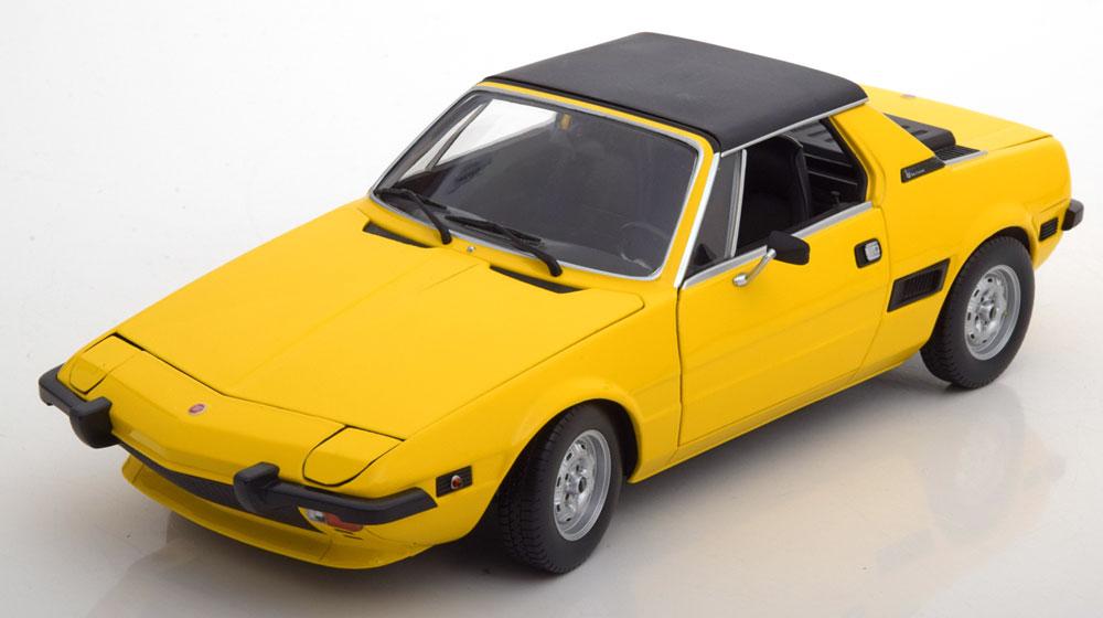 Minichamps ミニチャンプス 1:18スケール ダイキャストモデル 1974年モデル フィアット X 1/9 FIAT X1/9 1974 1/18 by Minichamps