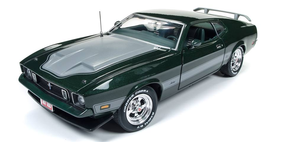 Autoworld オートワールド 1:18 1973年モデル フォード マスタング Mach 1 ダークグリーン1973 Ford Mustang Mach 1 Dark Green with Silver Stripes from