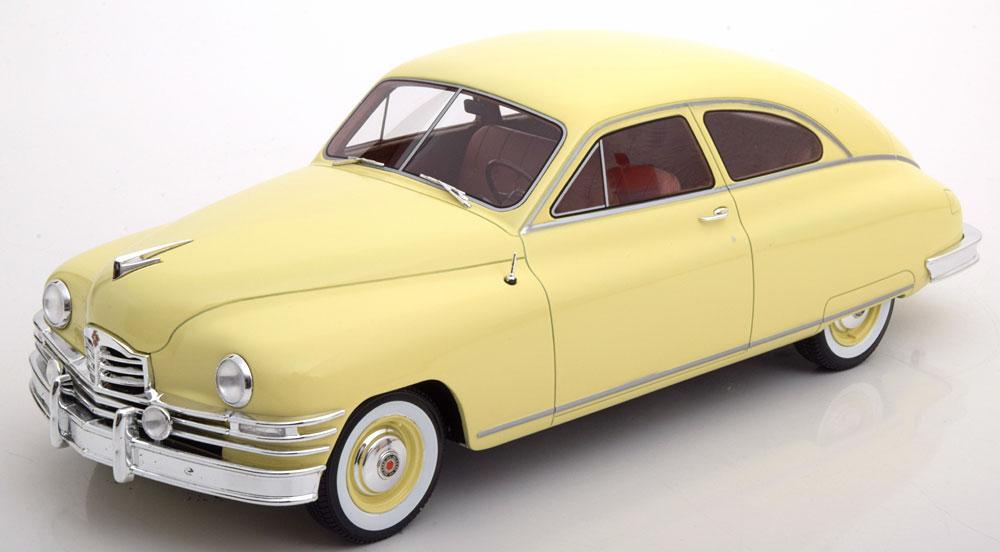 BoS 1:18 1949年モデル パッカード デラックス クラブ セダン イエローPackard DeLuxe Club Sedan 2-door year 1949 light yellow 1:18 BoS-Models NEW
