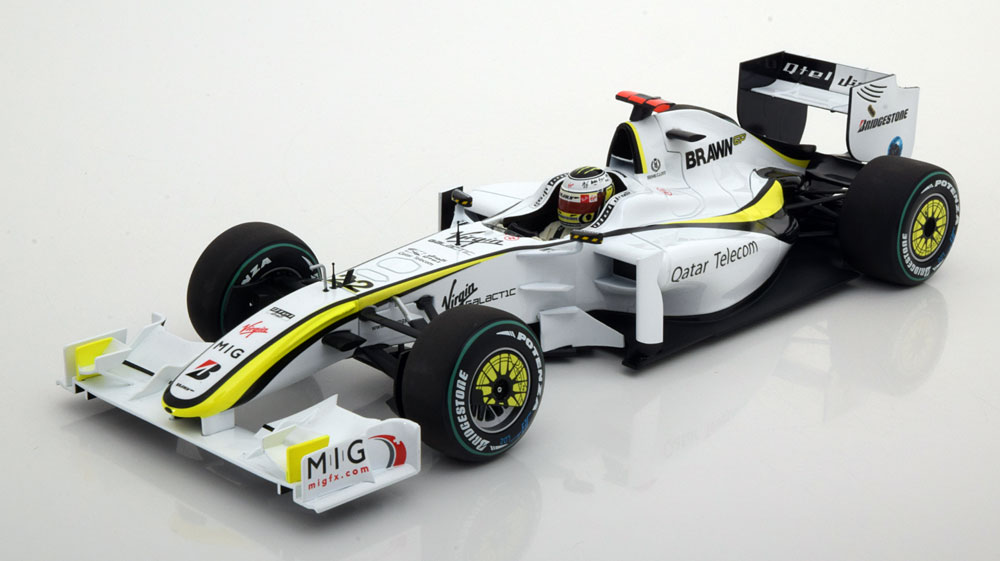 Minichamps ミニチャンプス 1:18 2009年 ブラウン GP BGP001 No.22 バトンモデルBRAWN GP BGP001 – JENSON BUTTON – WORLD CHAMPION 2009 1/18 by Minichamps NEW
