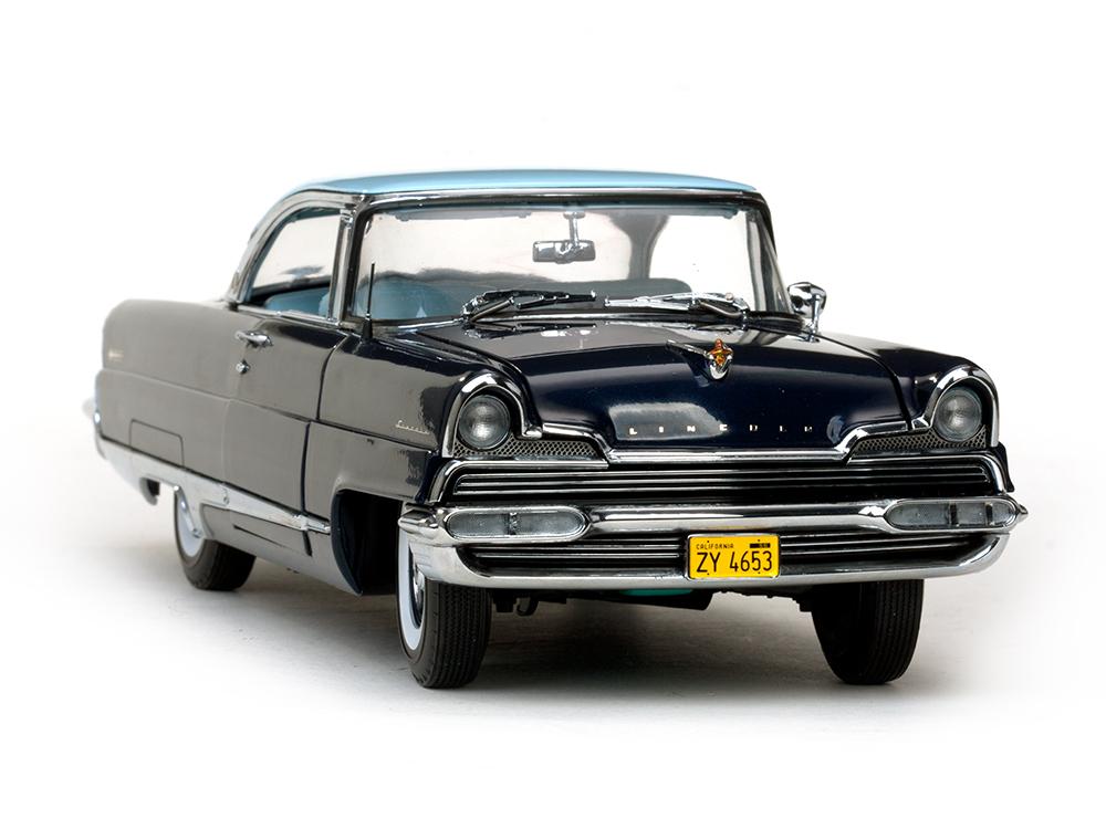 サンスター・プラチナム・コレクション 1:18 1956年モデル リンカーン プレミア ハードトップ 1956 Lincoln Premiere Hard Top Fairmont Platinum Edition 1/18 Diecast Model Car by SunStar