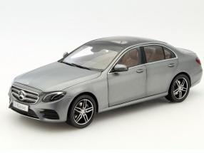 ディーラーモデル 1/18 2016年モデル メルセデスベンツ Eクラス W213 AMG Line 2016 Mercedes-Benz E-Class (W213) AMG Line 1:18 Mercedes Benz AG