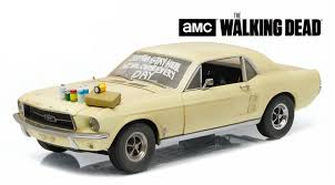 Greenlight 1:18 ドラマ「Walking Dead」 1967年モデル フォード マスタング「ウォーキングデッド」FORD USA MUSTANG COUPE 1967 SOPHIA MESSAGE CAR WITH HOOD ACCESSORIES THE WALKING DEAD