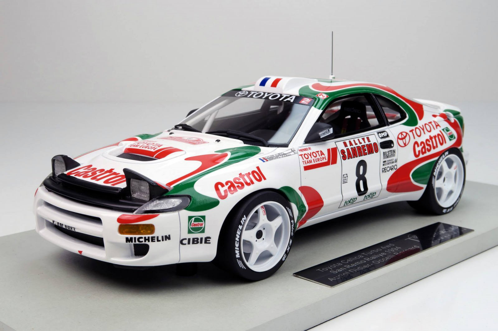 Top Marques トップマルケス 1:18 1994年ラリー・サンレモ優勝 トヨタ セリカ No.8TOYOTA - CELICA GT4 TURBO 4WD (ST185) TEAM EUROPE N 8 WINNER RALLY SANREMO 1994 D.AURIOL - B.OCCELLI 1/18 by Top Marques JPN