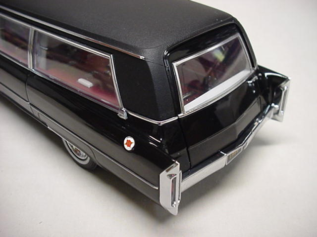 Beautiful Greenlight 1:18 1966 Model Cadillac S U0026 S Limousines Black 1966 Cadillac S  U0026 S Limo Back 1 / 18 By Greenlight