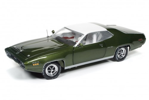 Autoworld 1:18 1971年モデル プリムス サテライト セブリング プラス グリーン1971 Plymouth Satellite Sebring Plus Sherwood 緑 Metallic Limited Edition to 1002pcs 1/18 Diecast Model Car by Autoworld