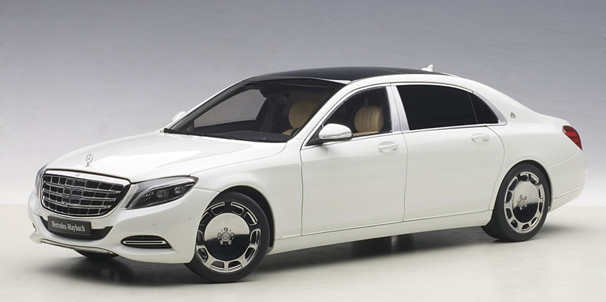 AUTOart オートアート 1:18 2015年モデル メルセデス マイバッハ S600  2015 Mercedes Maybach S Class S600 White 1/18 Model Car by Autoart EUR