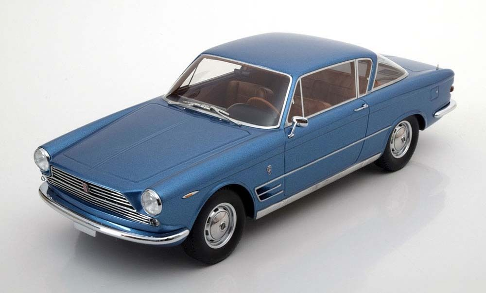 BoS 1:18 1961年モデル フィアット 2300 S クーペ ブルーメタリックFiat 2300 S Coupe 1961 Light Blue metallic 1:18 BoS-Models