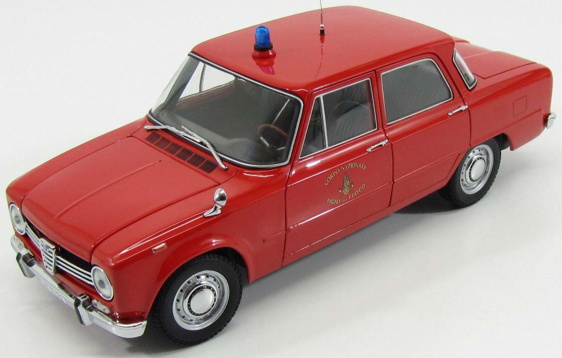 日本未発売 Minichamps 1:18 1966年モデル アルファロメオ ジュリア 1300 消防仕様MINICHAMPS - ALFA ROMEO GIULIA 1300 VIGILI DEL FUOCO 1966 FIRE ENGINE 1/18 by Minichamps