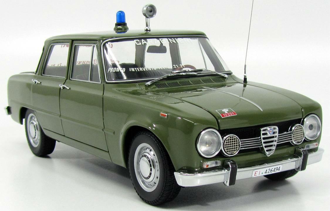 日本未発売 Minichamps 1:18 1970年モデル アルファロメオ ジュリア 1.6 イタリア国家憲兵MINICHAMPS - ALFA ROMEO - EXCLUSIVE FOR ITALY - GIULIA SUPER 1.6 CARABINIERI (POLICE) 1970