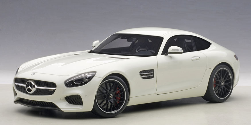 AUTOart 1:18 2015年モデル メルセデス ベンツ AMG GT S 2015 Mercedes-AMG GT S 1:18 Scale by AUTOart