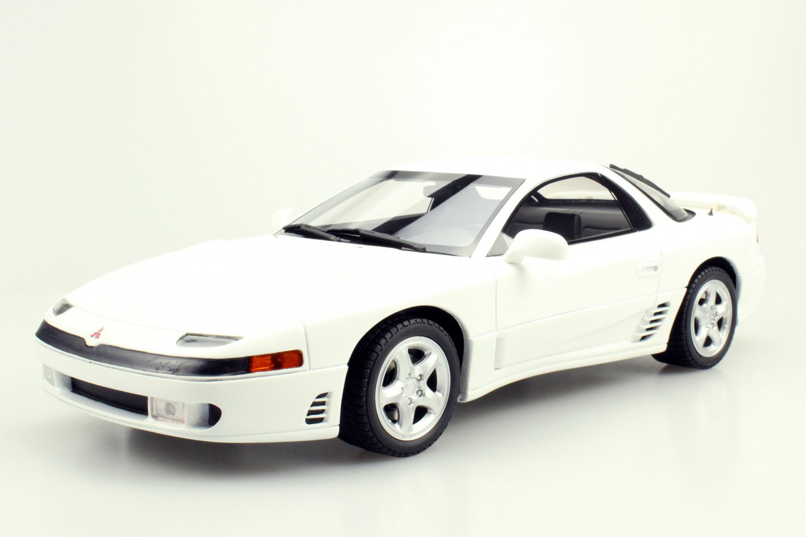 LS Collectibles 1:18 1992年モデル 三菱 3000 GTOLS Collectibles Mitsubishi 3000 GTO 1992 1/18 by LS Collctibles JPN