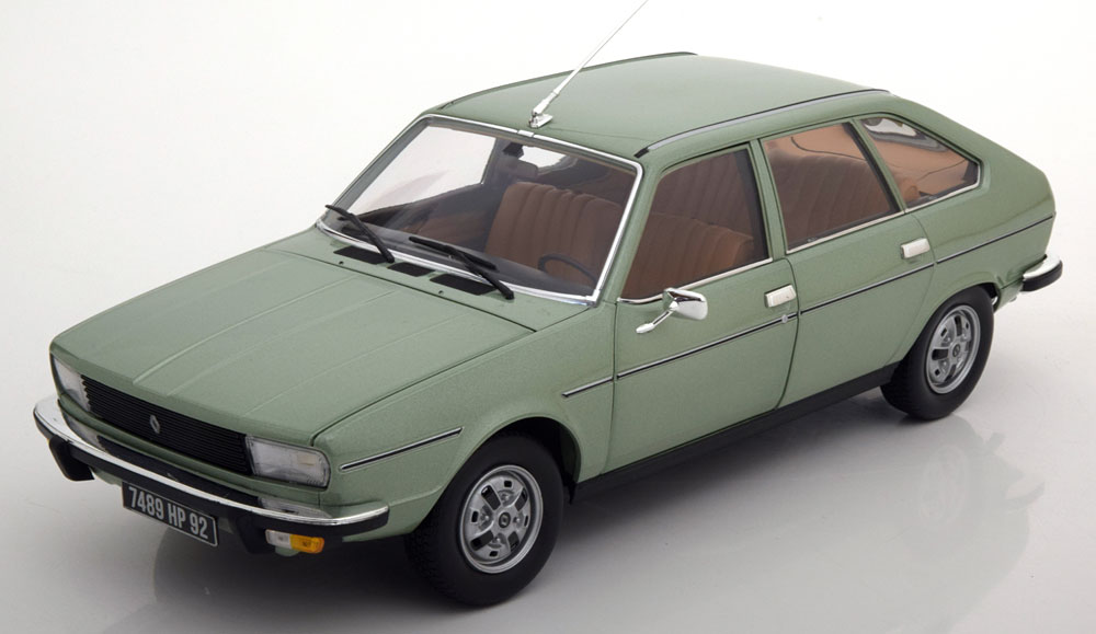 Norev ノレヴ 1:18 1978年モデル ルノー R20 グリーンRENAULT - R20 TS 1978 1/18 by Norev