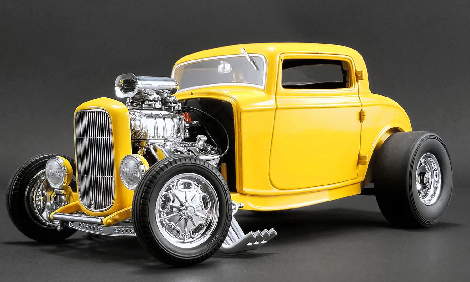 ACME 1:18 1932年モデル フォード 3 Window Deuces Wild1932 FORD 3 WINDOW - DEUCES WILD 1/18 by ACME USA