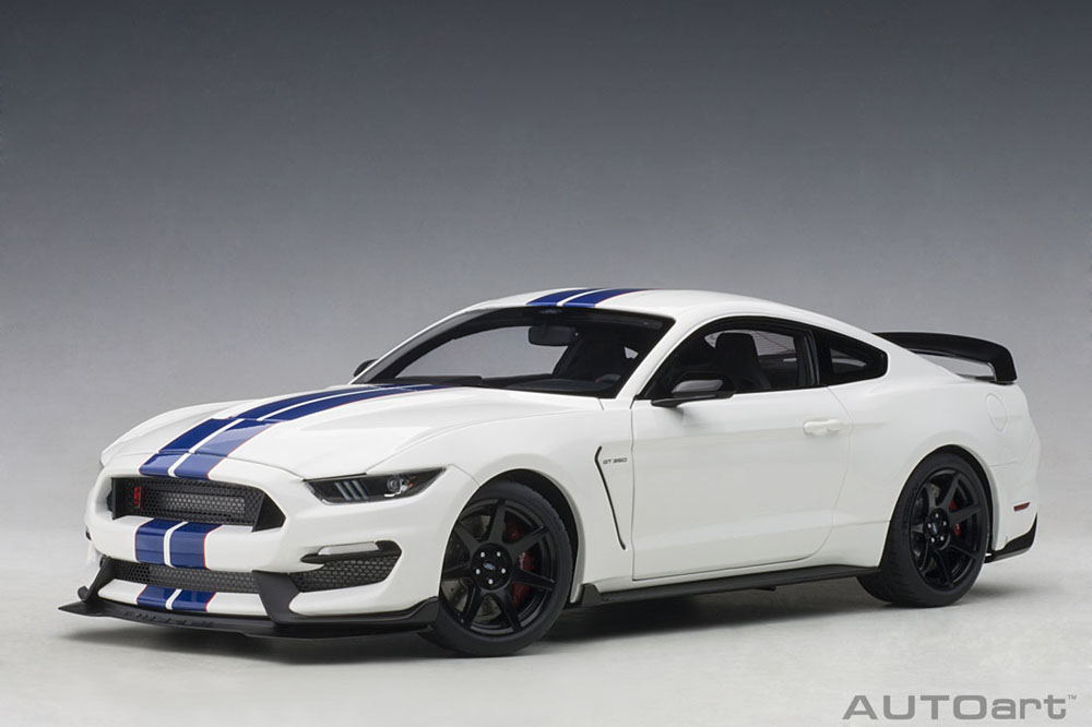 AUTOart オートアート 1/18 ミニカー コンポジットダイキャストモデル 2017年モデル フォード シェルビー GT350R 2017 Ford Shelby GT350R 1:18 by AUTOart
