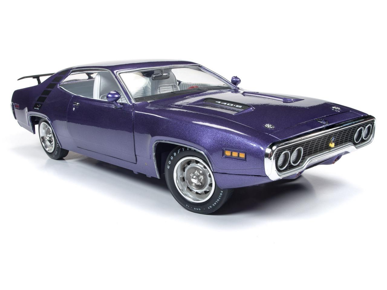 Autoworld オートワールド 1/18 ミニカー ダイキャストモデル 1971年モデル プリムス Road Runner ハードトップ ヴァイオレットカラー1971 Plymouth Road Runner Hardtop (MCACN) in Violet 1:18 Autoworld
