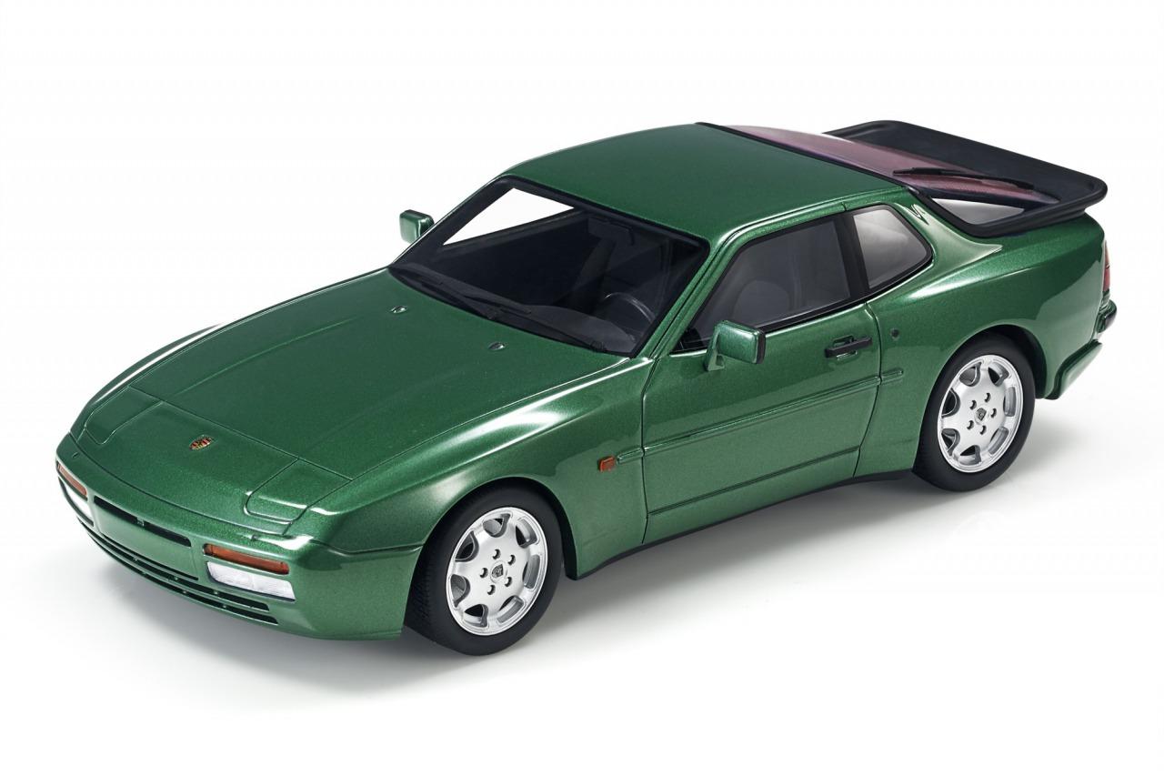 LS Collectible Porsche AG ライセンス商品 Collectibles 1 18 セール特価品 ミニカー レジン プロポーションモデル SPORSCHE by Turbo TURBO S - 1991 1991年モデル 944 70%OFFアウトレット ポルシェ