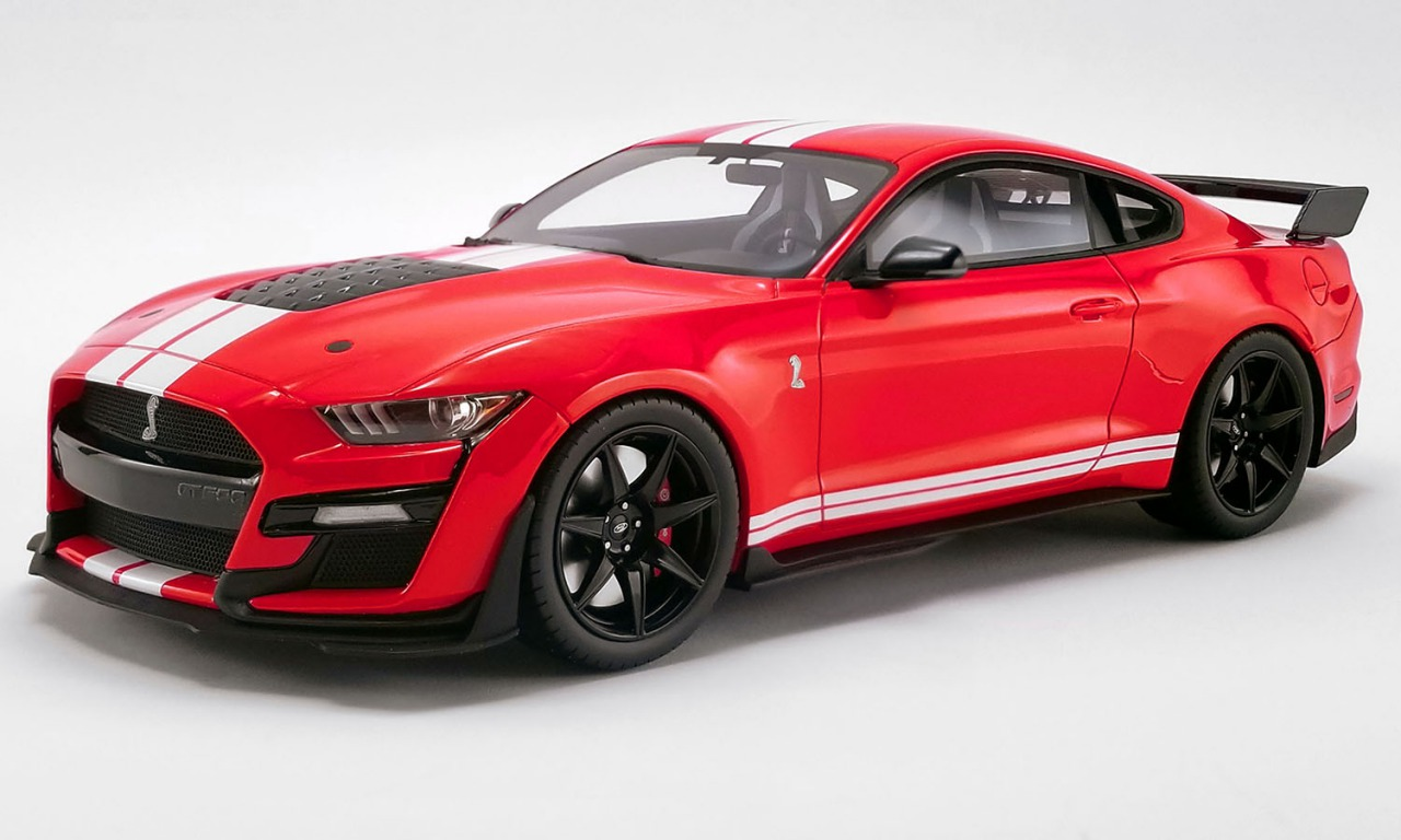 GT Spirit 1/18 ミニカー レジン プロポーションモデル 2020年モデル フォード シェルビー GT500 Race Red レッド2020 FORD MUSTANG SHELBY GT500 1:18 Race Red w/White Stripes by ACME