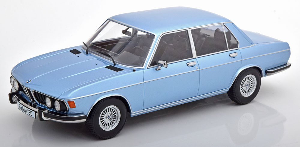 KK Scale 1/18 ミニカー ダイキャストモデル 1971年モデル BMW 3.0S E3 MKIIBMW - 3.0S E3 MKII 1971 1:18 KK Scale