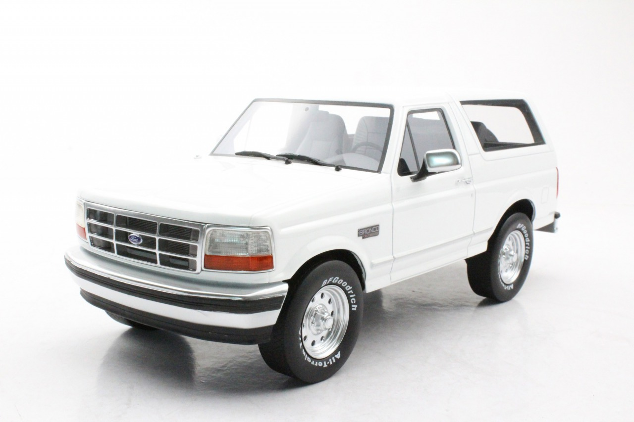 LS Collectibles 1/18 ミニカー レジン プロポーションモデル 1992年モデル フォード ブロンコLS Collectibles Ford Bronco 1992