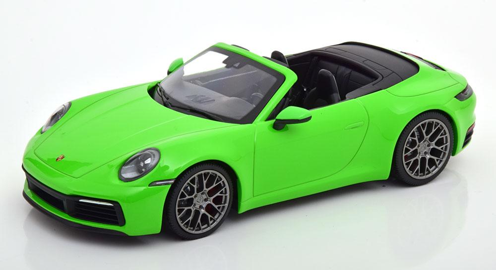Porsche ディーラーモデル 1/18 ミニカー ダイキャストモデル 2019年モデル ポルシェ 911 992 Carrera 4S Cabriolet グリーンPORSCHE - 911 992 CARRERA 4S CABRIOLET 2019 1:18 LIZARD GREEN by Porsche AG