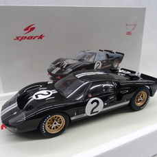 Spark 1/18 ミニカー レジン プロポーションモデル 1966年ルマン24時間優勝モデル フォード GT40 MKII No.2FORD USA - GT40 MKII TEAM SHELBY AMERICAN INC. N 2 WINNER 24h LE MANS 1966 B.McLAREN - C.AMON 1:18 Spark