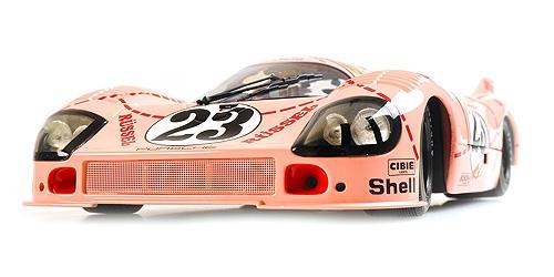 Minichamps ミニチャンプス 1/18 ミニカー ダイキャストモデル 1971年ルマン24時間 ポルシェ 917/20 4.9L Team Martini International Racing PINK PIG No.23 PORSCHE - 917/20 4.9L TEAM MARTINI INTERNATIONAL RACING PINK PIG N 23 24h LE MANS 1971 1:18 Minichamps