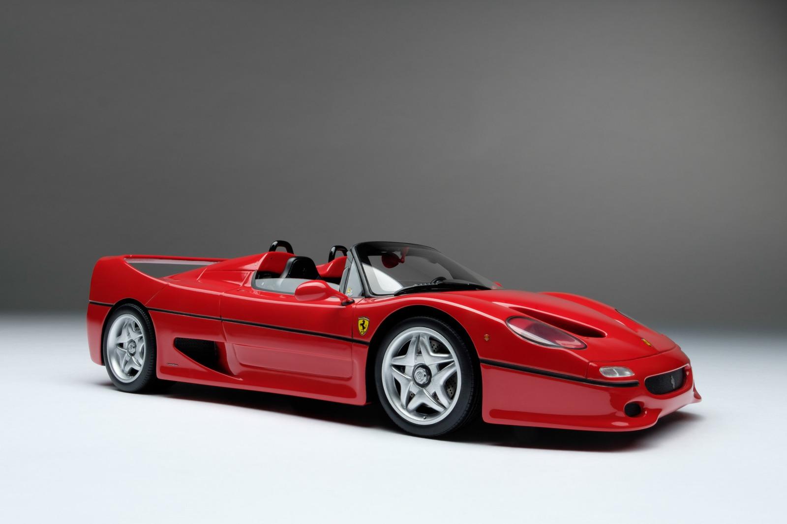 Amalgam Collection アマルガム・コレクション 1:18 1995年モデル フェラーリ F50 レッド1995 Ferrari F50 1/18 by Amalgam Collection