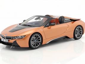 ディーラーモデル 1/18 ミニカー ダイキャストモデル 2018年モデル BMW i8 ロードスター カッパーメタリックBMW i8 Roadster year 2018 copper metallic / black 1:18 BMW Group AG