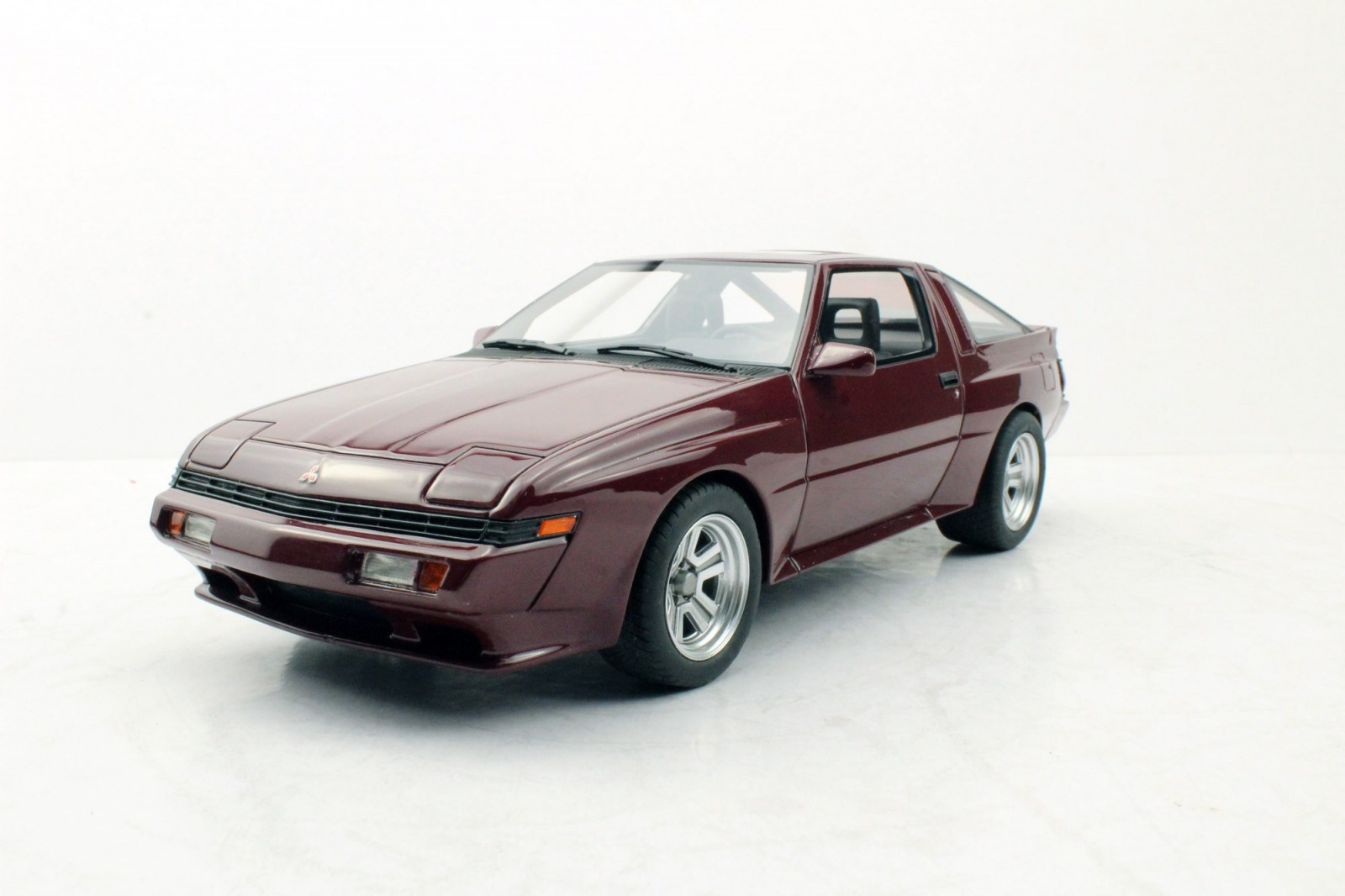 LS Collectibles 1:18 1988年モデル 三菱 スタリオン 2.0 Turbo EXMITSUBISHI - STARION 2.0 TURBO EX 1988 1/18 by LS Collectibles