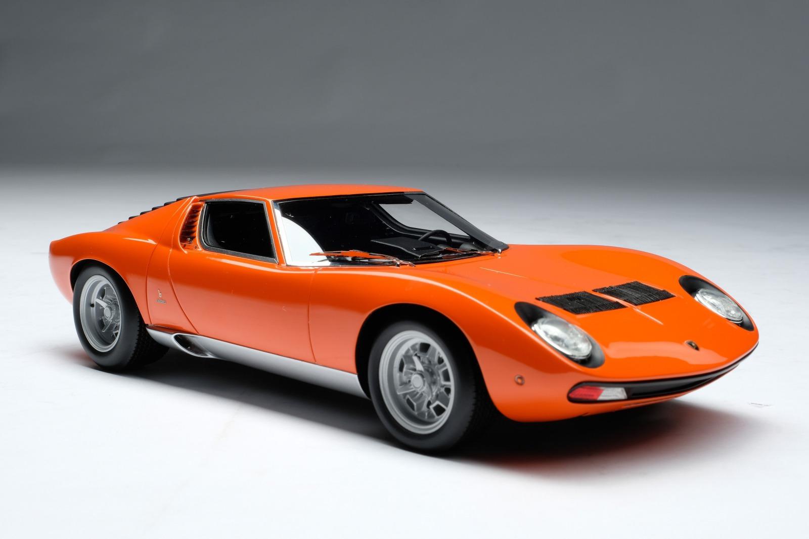 Amalgam Collection アマルガムコレクション 1/18 ミニカー レジン プロポーションモデル 1971年モデル ランボルギーニ ミウラ P400 SV オレンジ1971 LAMBORGHINI MIURA P400 SV 1:18 orange by Amalgam Collection
