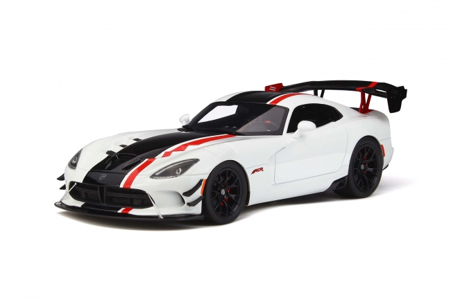 GT Spirit 1:18 2016年モデル ダッジ ヴァイパー ACR(The American Club Racing)2016 DODGE VIPER ACR 1/18 by GT Spirit NEW
