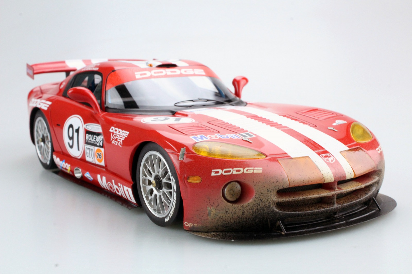 Top Marques 1:18 2000年Daytona優勝モデル ダッジ ヴァイパー GTS-R 8.0L V10 No.91 ダーティバージョン1:18 Top Marques Dodge/Chrysler Viper GTS-R Oreca Daytona Winner 2000 dirty 1/18 by Top Marques NEW