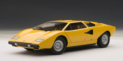 AUTOart オートアート 1:18 1974年モデル ランボルギーニ カウンタック LP4001974 Lamborghini Countach LP400 1/18 by AUTOart EUR