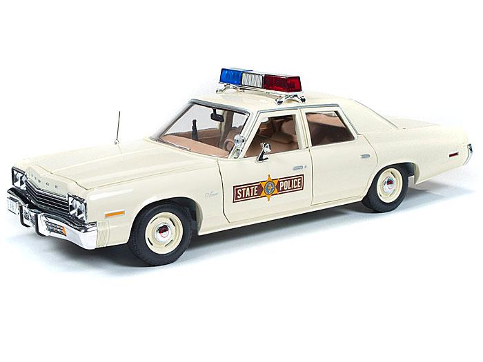 1974年モデル ダッジ モナコ イリノイ州警察1974 Dodge Monaco Police Car 1/18 Limited to 2000pc by Autoworld