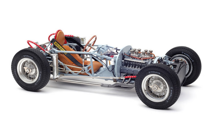 CMC 1:18 1955年モデル ランチア D50 ローリングシャーシCMC Lancia D50, 1955 Rolling Chassis including base plate 1/18 by CMC