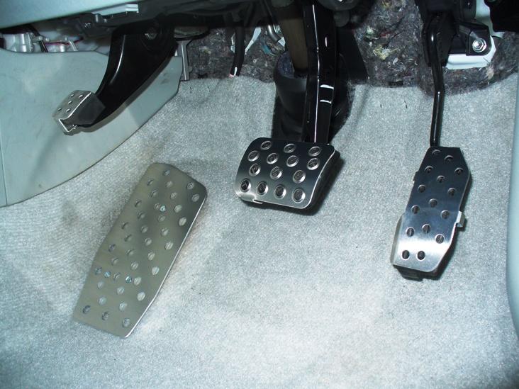 新発売! アルミペダル ダックスガーデン製 4点セット トヨタ プリウス 30 前期型専用設計 パーツ