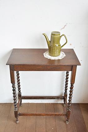 サイドテーブル/イギリス/アンティーク/机/木製家具/足長